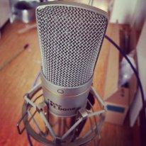 Mikrofon dobrze nadający się do podcastów